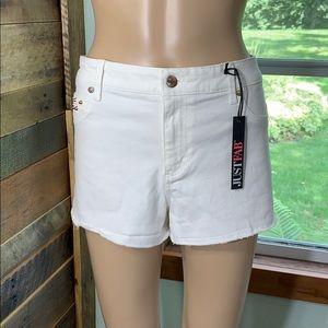 JustFab White Jean Shorts w/ Gold Studs Size 30